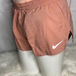 Nike short standar fit